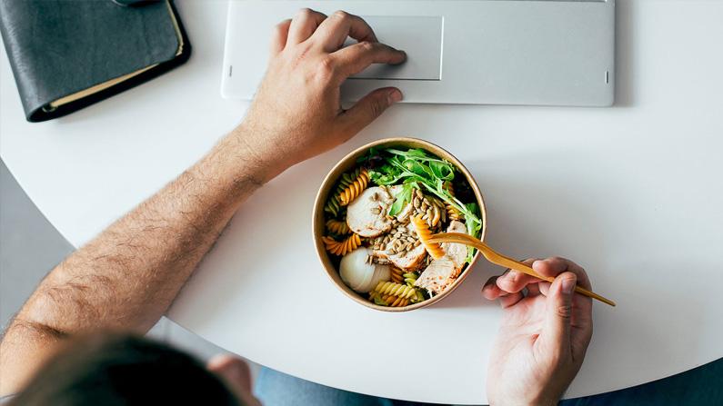 Deilige og enkle retter til hjemmekontoret når din kantine er stengt